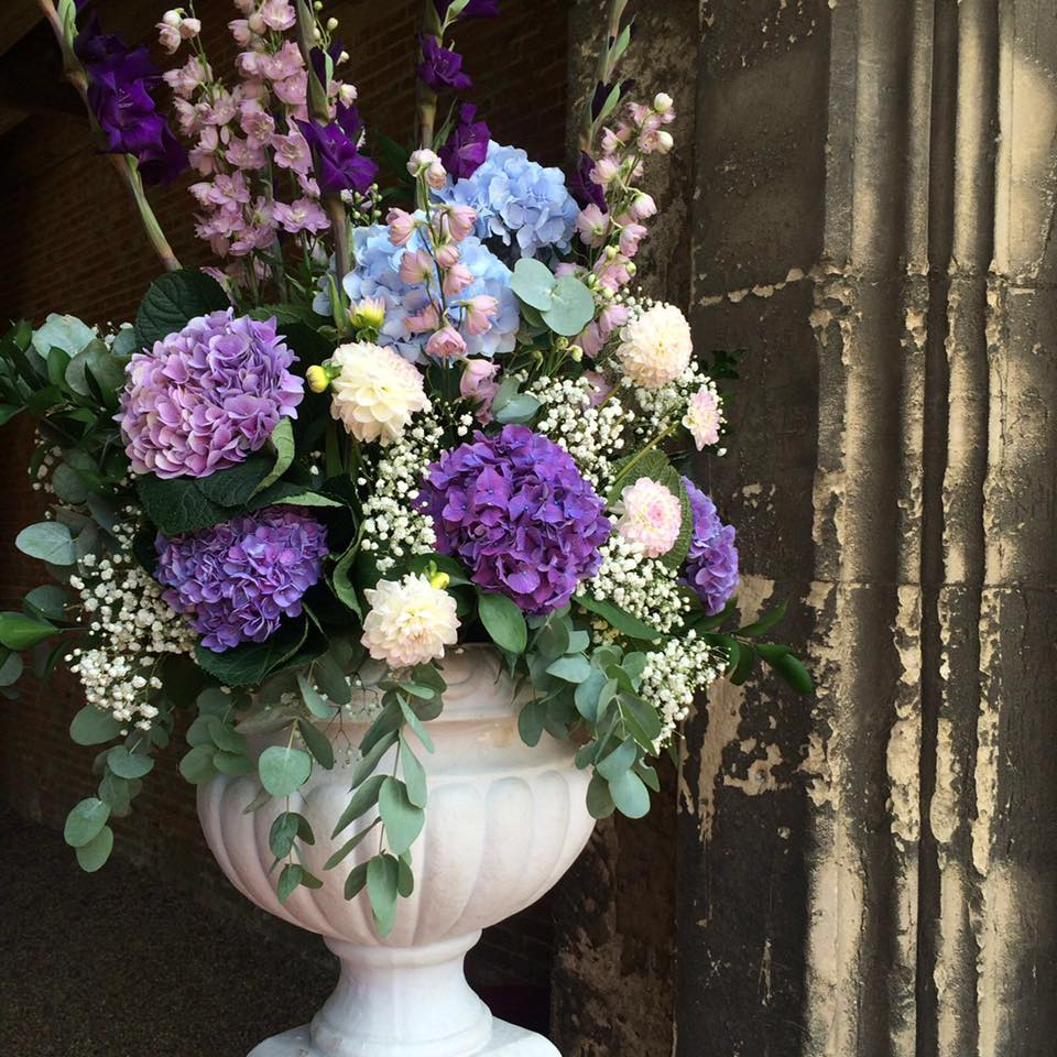 Wedding Flowers In Essex : Leez priory springfield florist weddings essex