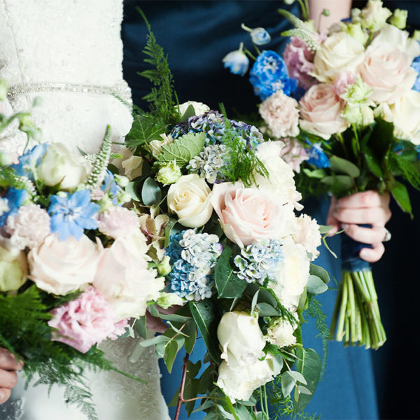 Bouquets for a navy themed wedding
